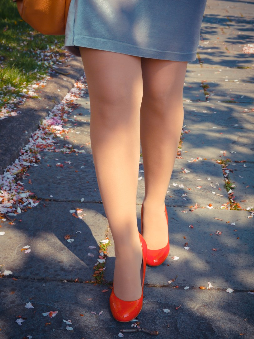 Cherry blossoms red shoes (10)