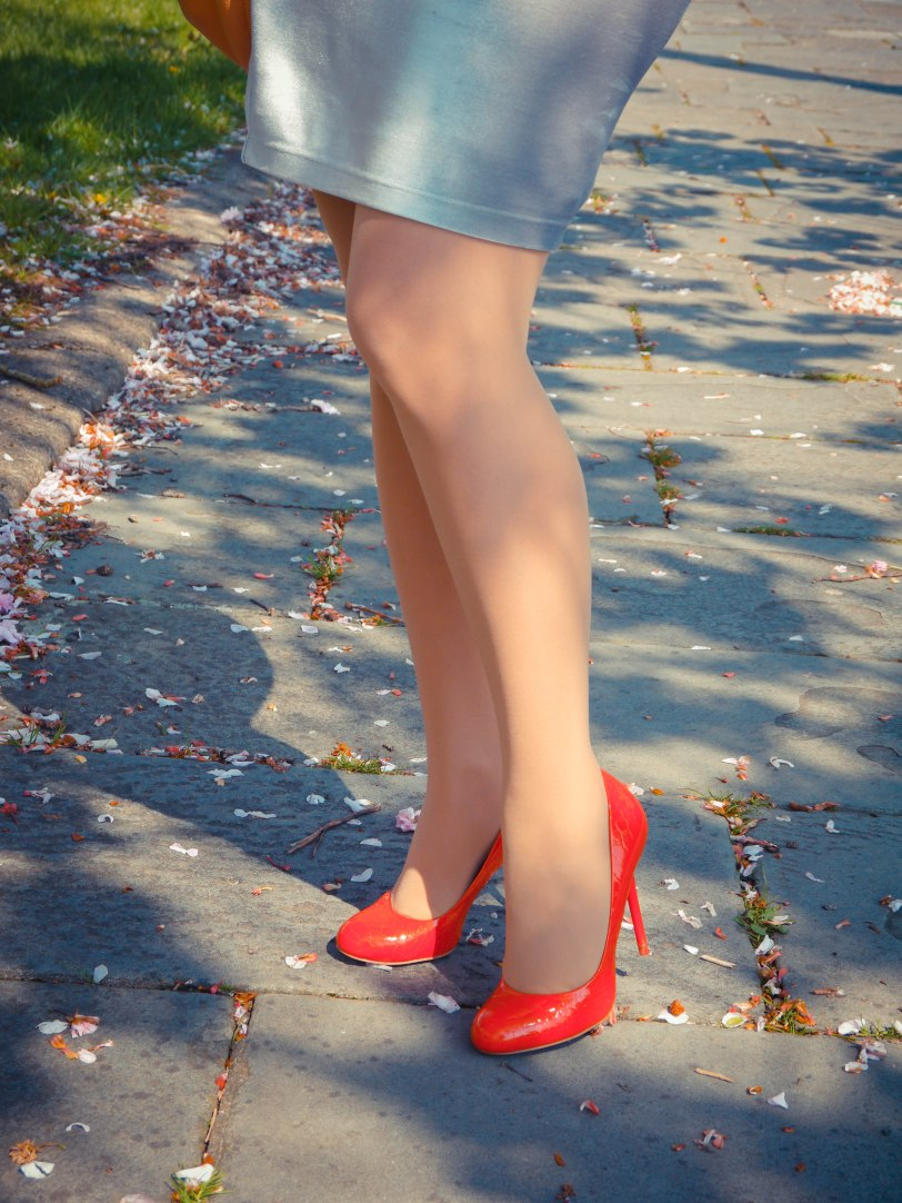 Cherry blossoms red shoes (9)