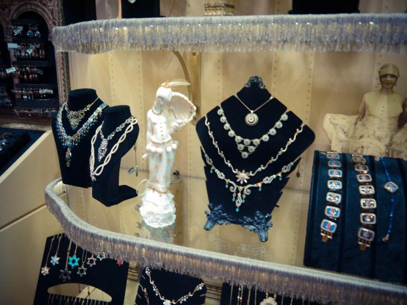 ShadeofRedBlog Budapest Shopping (10)