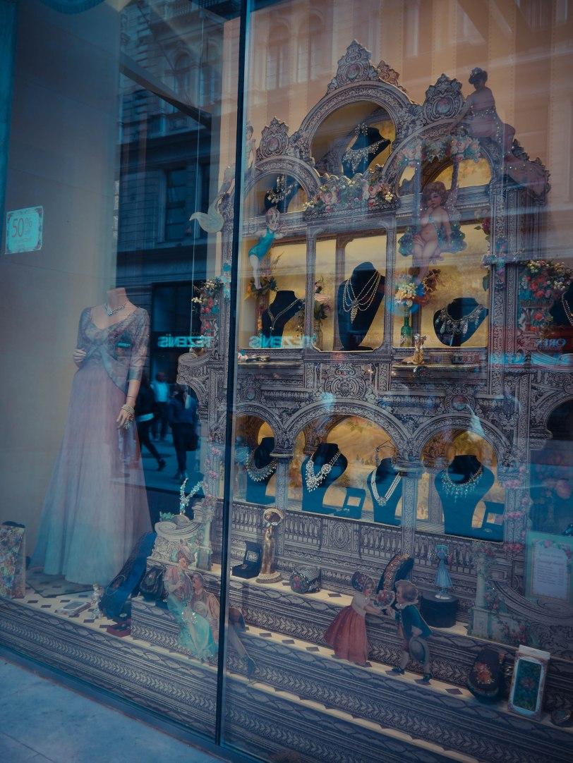 ShadeofRedBlog Budapest Shopping (14)