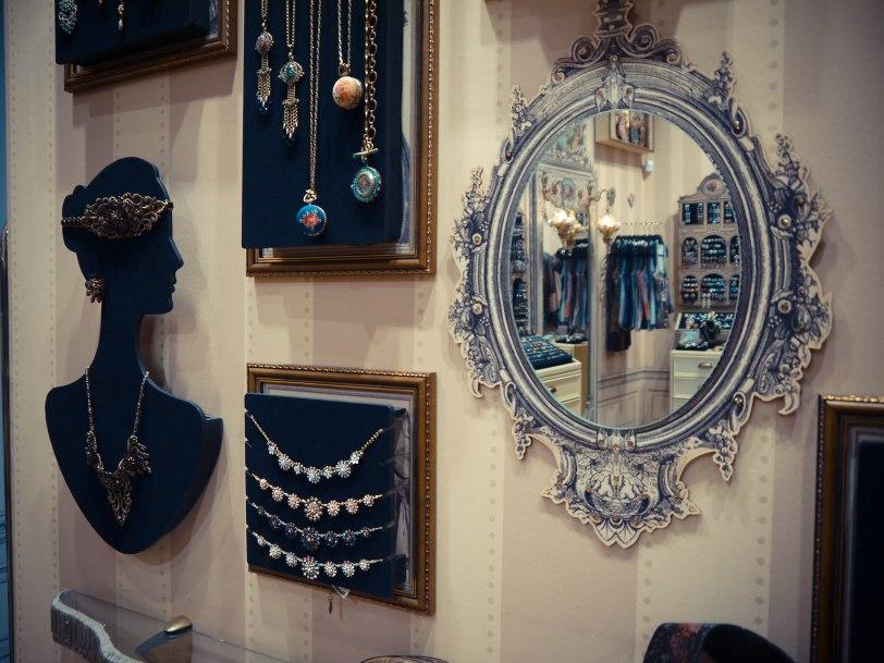 ShadeofRedBlog Budapest Shopping (9)