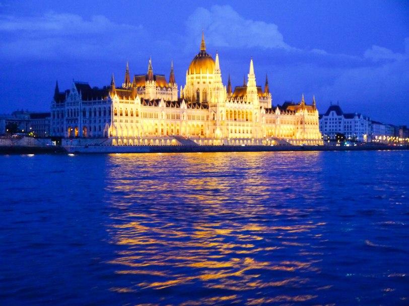 ShadeofRedBlog Danube Cruise Budapest 14