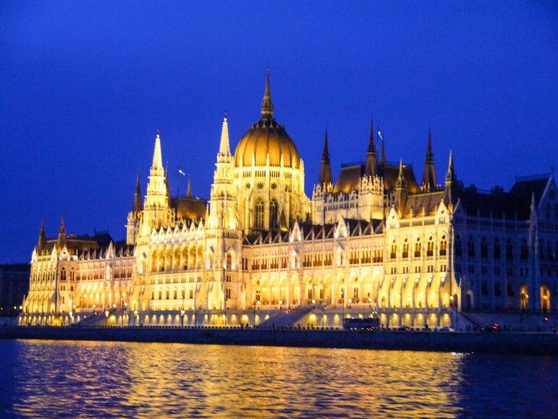 ShadeofRedBlog Danube Cruise Budapest 16