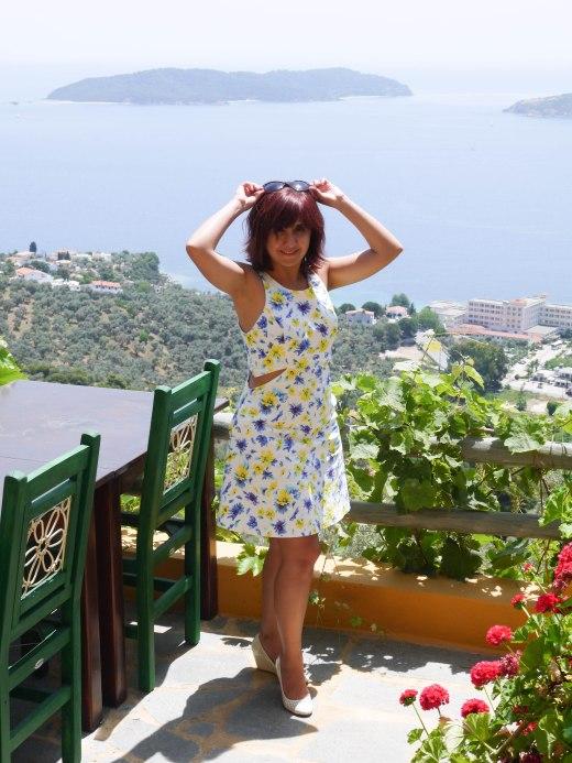 Shade of Red Blog_Skiathos_travel (14)