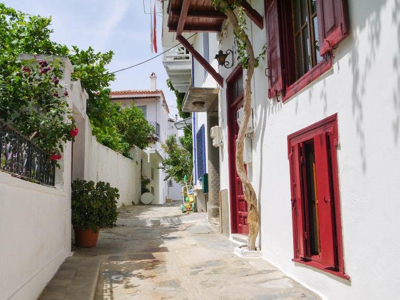 Shade of Red Blog_Skopelos_Greece_holiday (19)