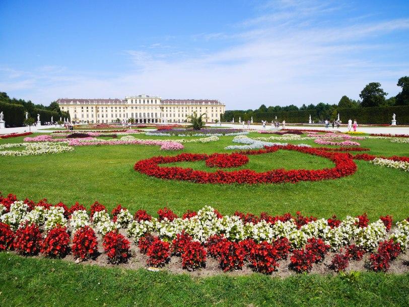Shade of Red Blog_Vienna_travel (1)