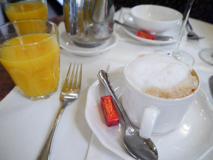Shade of Red Blog_Vienna_travel1130258._