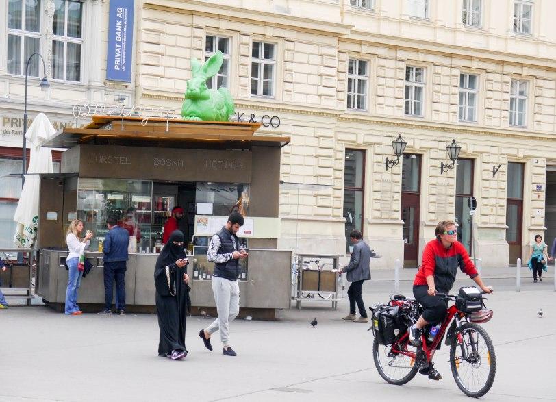 Shade of Red Blog_Vienna_travel1130335._