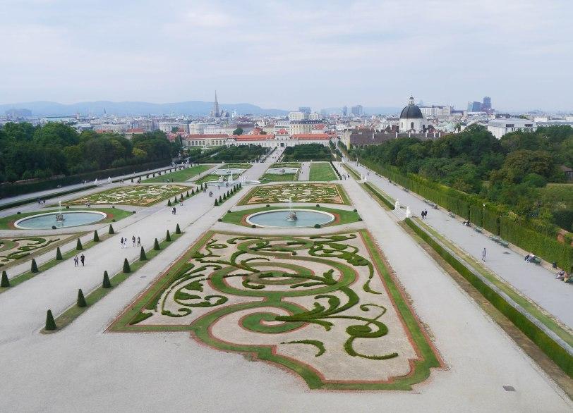Shade of Red Blog_Vienna_travel1130361._