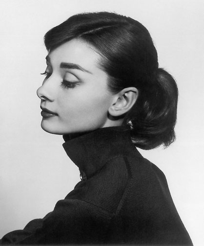 Shade of Red Blog_Audrey Hepburn_London