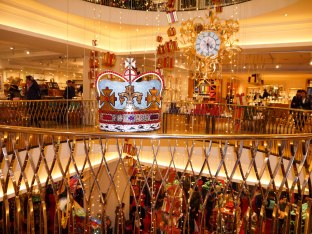 Shade of Red Blog_Fortnum and Mason (14)
