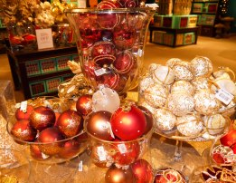 Shade of Red Blog_Fortnum and Mason (34)