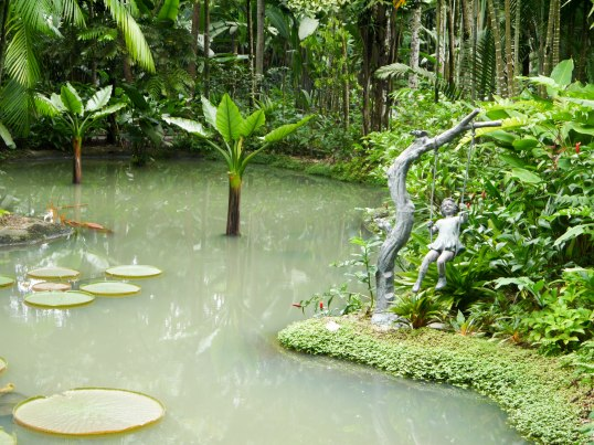 Shade of Red Blog_Botanical Gardens_Singapore (10)