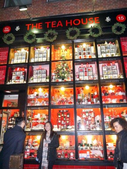Shade of Red Blog_Christmas_London (12)