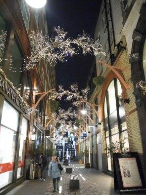 Shade of Red Blog_Christmas_London (15)