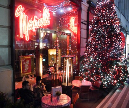 Shade of Red Blog_Christmas_London (2)