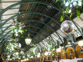 Shade of Red Blog_Christmas_London (5)